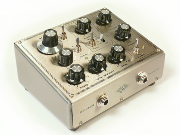 XR1-E ring modulation oscillator